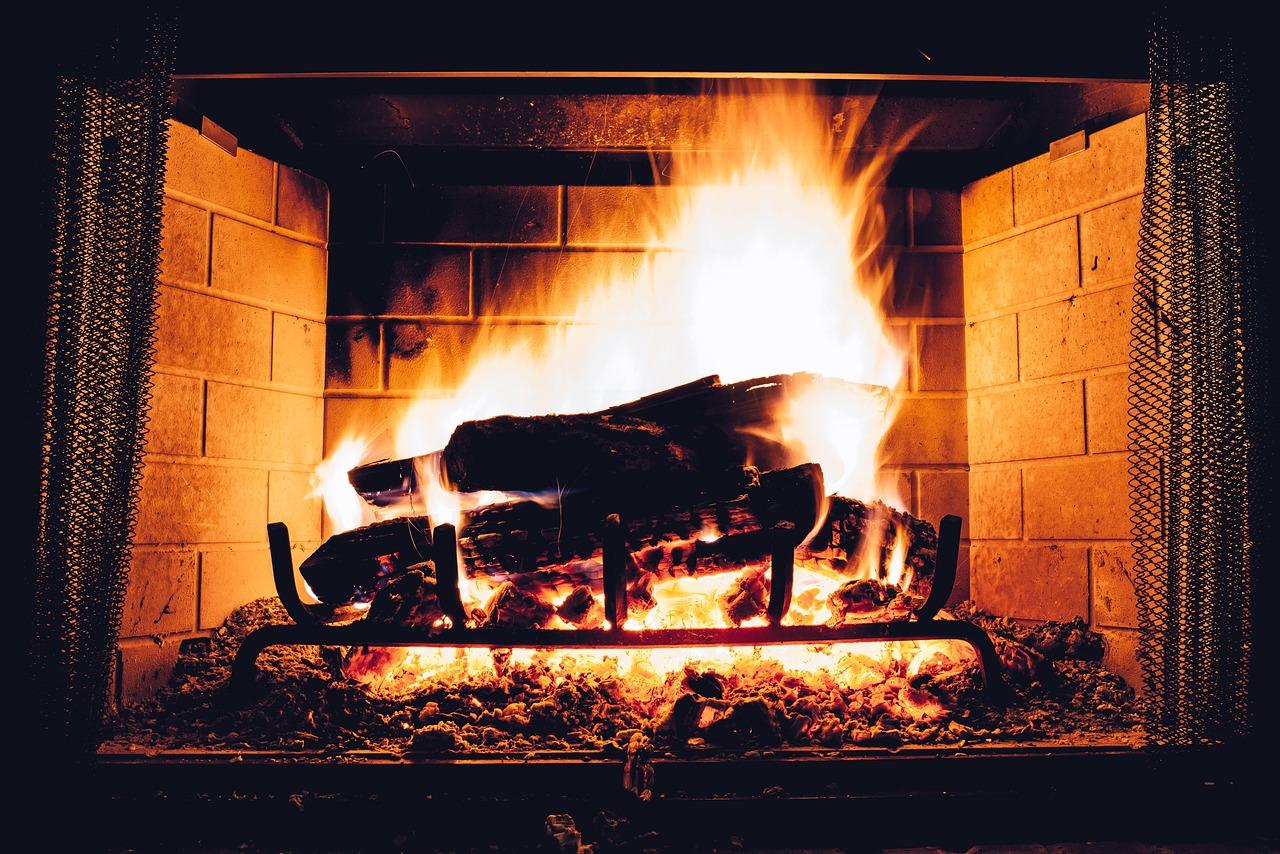 Quand faire ramoner sa cheminée ?